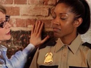 Ebony Lesbian Gets DPd